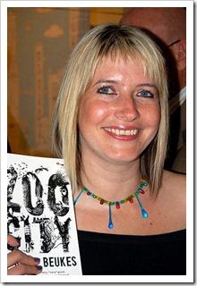 Lauren Beukes & Zoo City (c) http://book.co.za